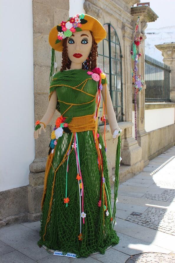 Vila Nova De Cerveira O Crochet Sai à Rua Em Cerveira